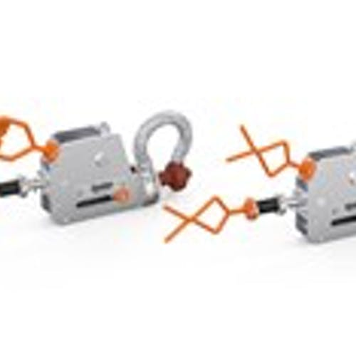 03-rov-shackle-with-d-handle-and-fishtail
